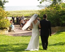 The bride and groom head to their Amphitheater wedding at Harkness State Park, Waterford, CT.