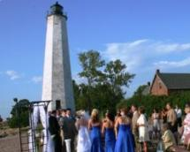 Jeannine and Ryan getting married at Lighthouse Point, CT