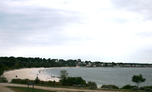 Your Rocky Neck State Park wedding could be on this crescent beach.