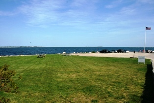 The East Lawn at Stonington Point, CT is a good place for a free outdoor wedding!
